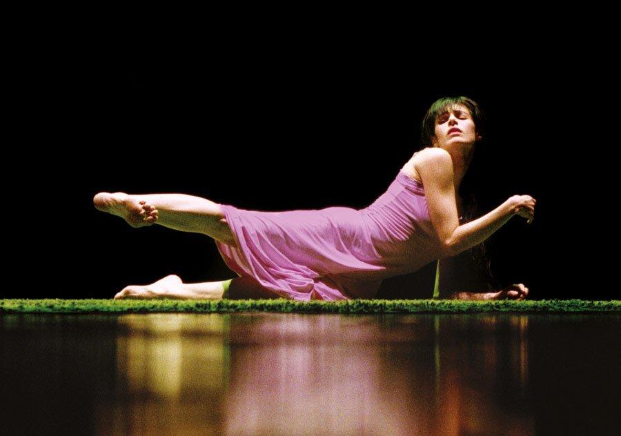 Souviens toi... Chorégraphie Marie-Claude Pietragalla et Julien Derouault Photo Pascal Elliott